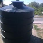 plasticni-rezervoari-vertikalni-1